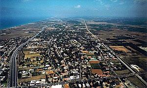 Кфар-Шмарьягу. Фотография с сайта kfar-shemaryahu.muni.il